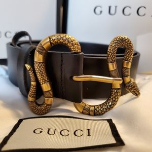 Gucci Reptile buckle leather belt